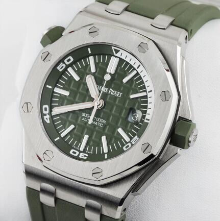 Audemars Piguet Replica Watch Royal Oak Offshore Diver 42 mm 15710ST.OO.A052CA.01