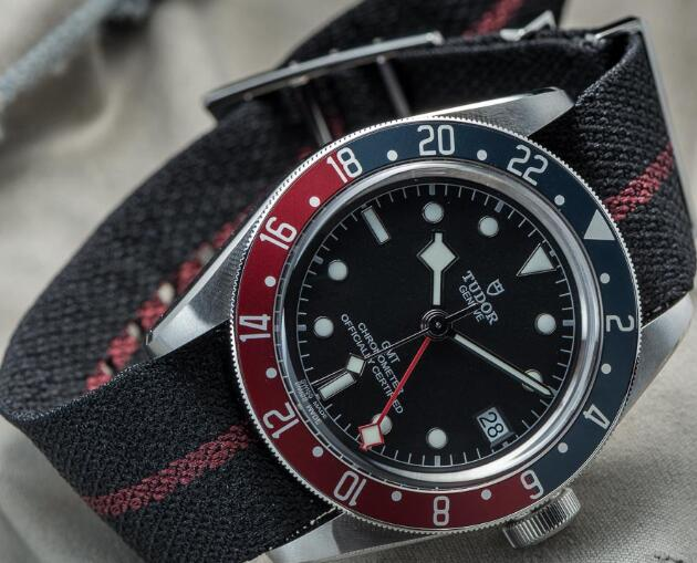 Tudor BLACK BAY GMT M79830RB-0003 Replica Watch